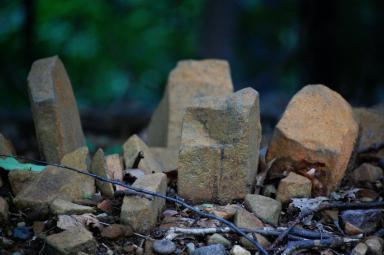 micro-stonehenge.JPG