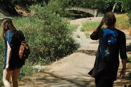 hikers_and_bridge