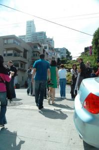 lombard_street_crowd