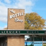 Deco Liquor Store