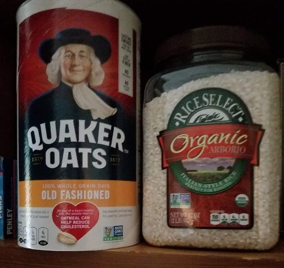Picture of oatmeal box.